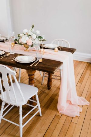 Blush veil table runner - Decor Rental - Mlle Artsy