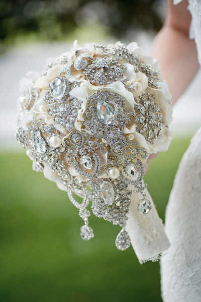 Bouquets and accessories - Mlle Artsy - Wedding and Bouquet rental in Ottawa